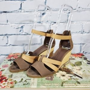 Camper Brown Leather and Wood Wedges